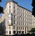 Berlin, Kreuzberg, Bergmannstrasse 19, Mietshaus.jpg