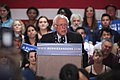 Bernie Sanders (25673352740).jpg