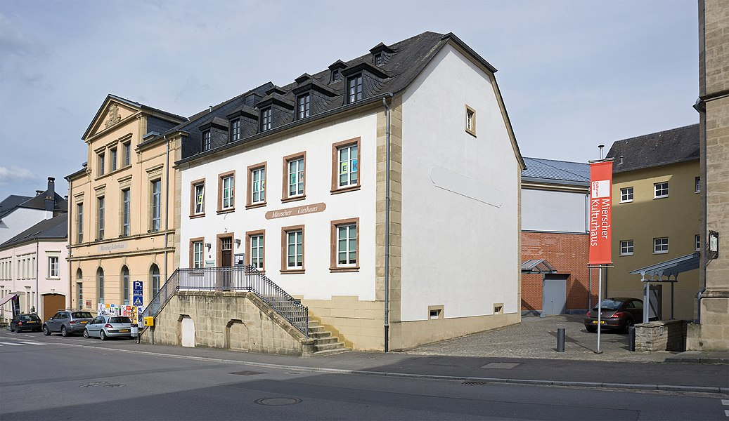 Public library and cultural center in Mersch