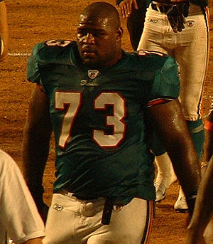 Billy Yates (American football) - Yates with the Dolphins in 2003