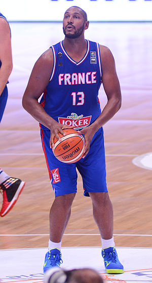 Boris Diaw - Diaw playing for France in 2015.