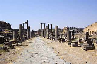 Bosra-ancient-main-street-056.jpg