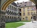Bressanone - cortile del Palazzo Vescovile -.jpg