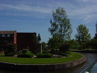 James Brindley - Statue of Brindley in Etruria