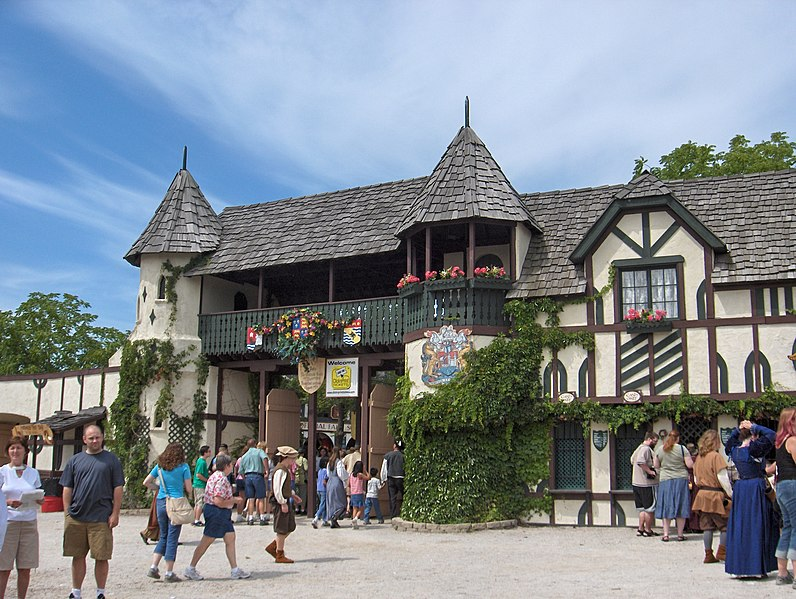 File:Bristol Faire Front Gate.JPG