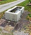Brunnen2 Nordfriedhof München.jpg