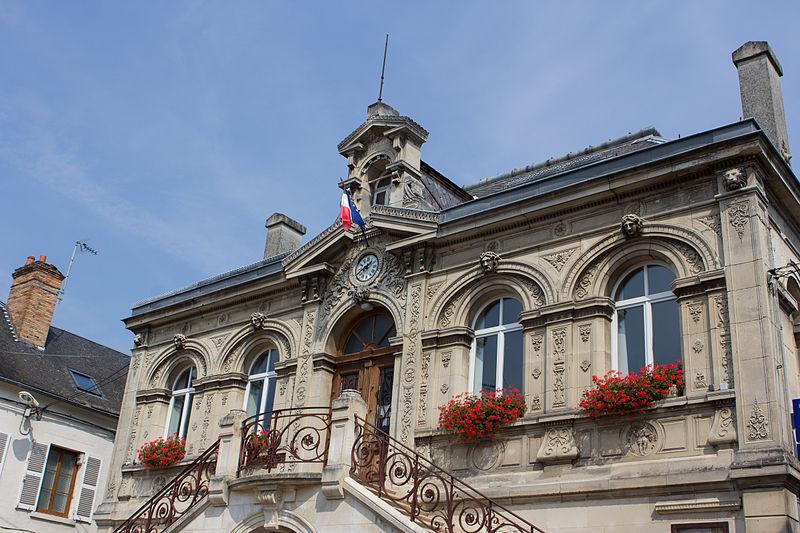File:Bruyères-et-Montbérault - IMG 2882.jpg