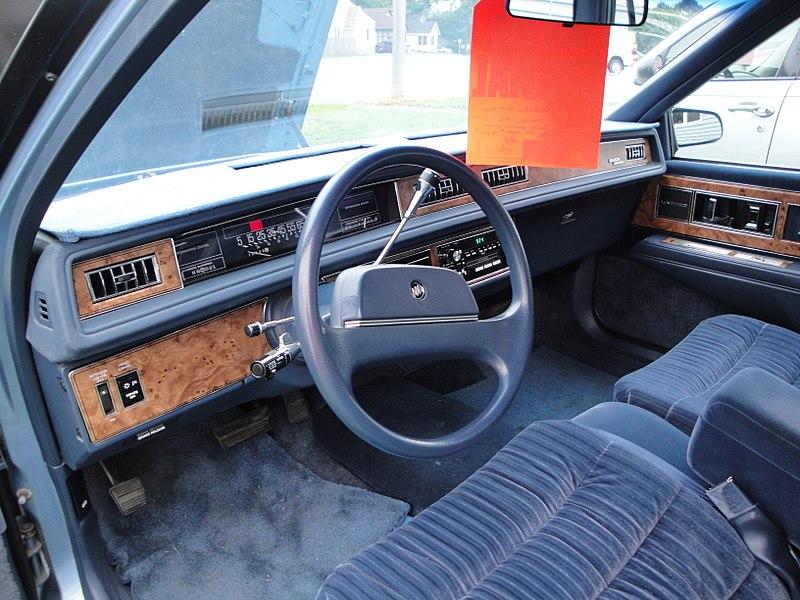 File:Buick LeSabre (5889155187).jpg