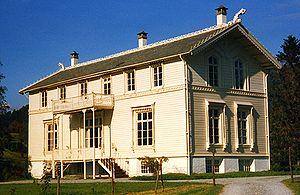 Valestrandfossen - Ole Bull summer house at Valestrandfossen