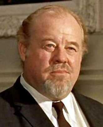 Burl Ives - Burl Ives in the Cat on a Hot Tin Roof trailer, 1958