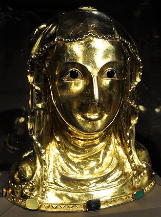 Treasury of St. Vitus Cathedral - Image: Busta Ludmila
