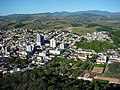 CAXAMBU VISTA TELEFERICO - panoramio.jpg