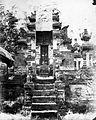COLLECTIE TROPENMUSEUM Buitenpoort van de hindoeïstische tempel van Grobogan midden Java TMnr 60022099.jpg
