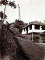 COLLECTIE TROPENMUSEUM Weg omhoog naar een vuurtoren Nederlands-Indië TMnr 60054013.jpg