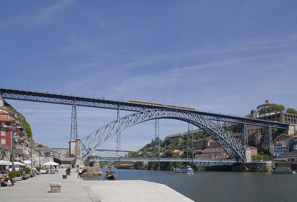 Cais da Ribeira, Oporto, Portugal, 2012-05-09, DD 02