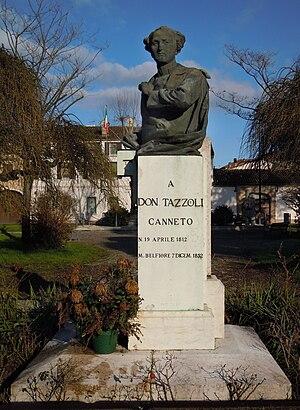 Enrico Tazzoli (priest) - Monument at Canneto sull'Oglio
