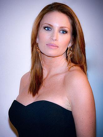 Carolina Gynning - Carolina Gynning (2013)