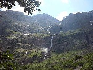 Cascada del Río Cinca.jpg