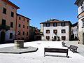 Castiglione di Garfagnana-piazza del municipio4.jpg