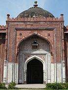 Central iwan of Qila-i-Kuhna mosque, Purana Qila
