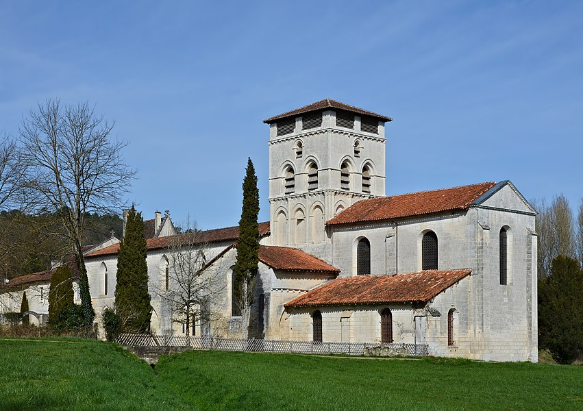 SE view of the abbey church (12th-17th centuries); Chancelade, Dordogne, France.