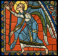 Chartres VITRAIL DE LA VIE DE JÉSUS-CHRIST Motiv 27 sommet de la fenêtre figure de la Sainte Vierge tenant son Fils sur ses genoux.jpg
