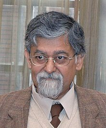 Chief Economic Advisor, Dr. Arvind Virmani, in New Delhi on December 16, 2008.jpg