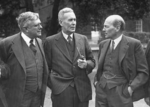 H. V. Evatt - Evatt (left) and Ben Chifley (middle) with Clement Attlee (right) at the Dominion and British Leaders Conference, London, 1946