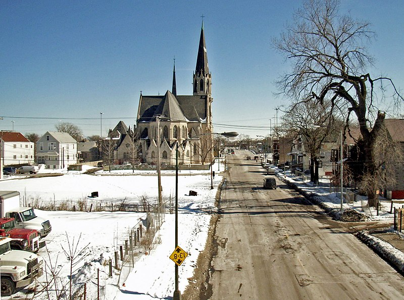 File:Church in Englewood, Chicago.jpg