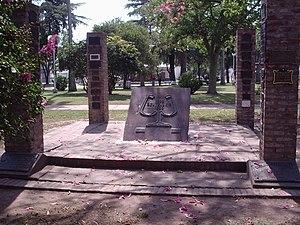 Carlos Pellegrini, Santa Fe - Carlos Pellegrini Plaza (central square)