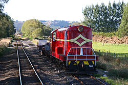 DE Class on Taieri Gorge Railway.jpg