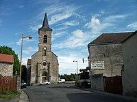 D 12 et église de Saint-Agoulin 2016-05-24.JPG