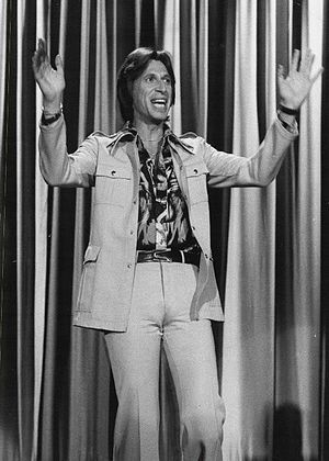 David Brenner - Brenner in 1976 on The Tonight Show Starring Johnny Carson