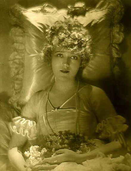 Portrait de Mary Pickfordpar Adolf de Meyer.