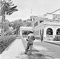 De tuin van het Gouvernementspaleis aan het Gouvernementsplein in Paramaribo, Bestanddeelnr 252-2282.jpg