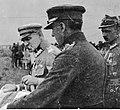 Dekoracja oficerów 30 Dywizji Piechoty, weteranów byłej Brygady Syberyjskiej w drugą rocznicę powrotu do Polski (22-278-8).jpg