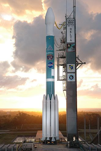 Deep Impact (spacecraft) - Deep Impact prior to launch on a Delta II rocket
