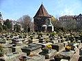 Der mittelalterliche Johannisfriedhof in Nürnberg - panoramio.jpg