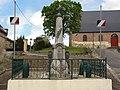 Dercy (Aisne) monument aux morts.JPG