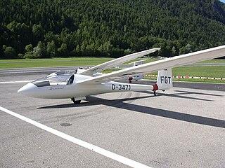 Schempp-Hirth Discus glider