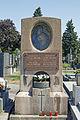 Doeblinger Friedhof Fam.Maslowski.jpg