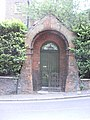 Doorway on East Heath Road, Hampstead, London NW3.jpg
