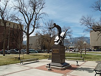 Alamo Square Park, Colorado Springs - Image: Downtown Colorado Springs Outside Pioneers Museum