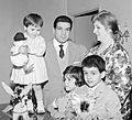 Duilio Loi with family 1960s.jpg