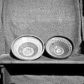 Dve skledi- po drugem žganju (glazirani). Izdelal Zupančič Leopold, lončar, Vrh 18 1952.jpg