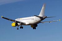 EC-LRY - A320 - Vueling