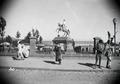 ETH-BIB-Vergoldete Reiterstatue Kaiser Menelik I. in Addis Abeba-Abessinienflug 1934-LBS MH02-22-0417.tif