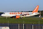 EasyJet, G-EZWN, Airbus A320-214 (21475204904).jpg
