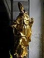 Eisenerz - Wehrkirche hl Oswald - noch nicht identifizierte Heiligenfigur im Eingangsbereich.jpg