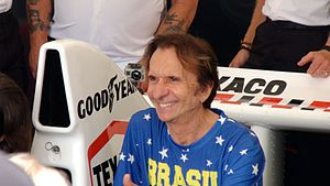 Emerson Fittipaldi at Goodwood 2014 001.jpg